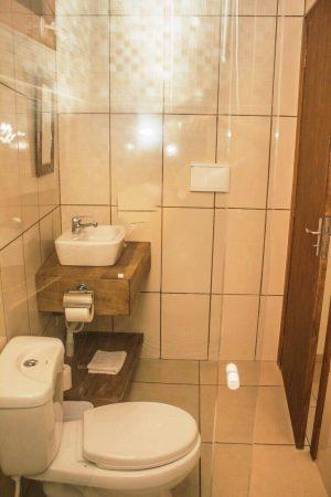 Banheiro da Pousada Vivenda dos Açores