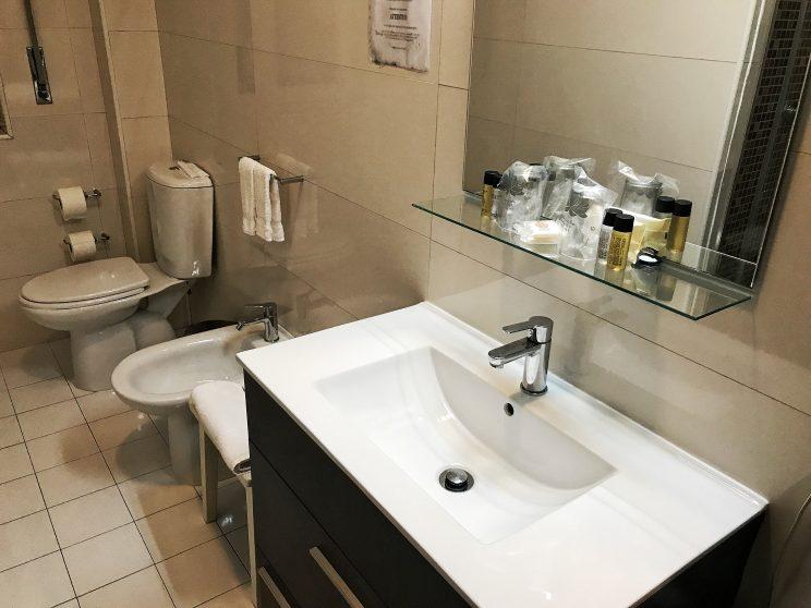 Banheiro do Hotel Pão de Açúcar no Porto