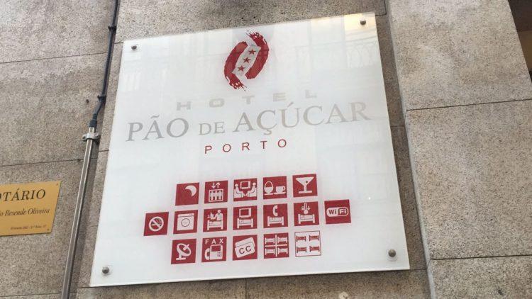 Fachada Hotel Pão de Acúcar no Porto