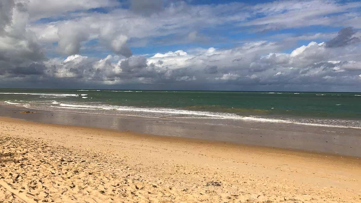 Praia dos Nativos - Viajar para Trancoso gastando pouco