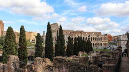 coliseu-forum-romano-italia